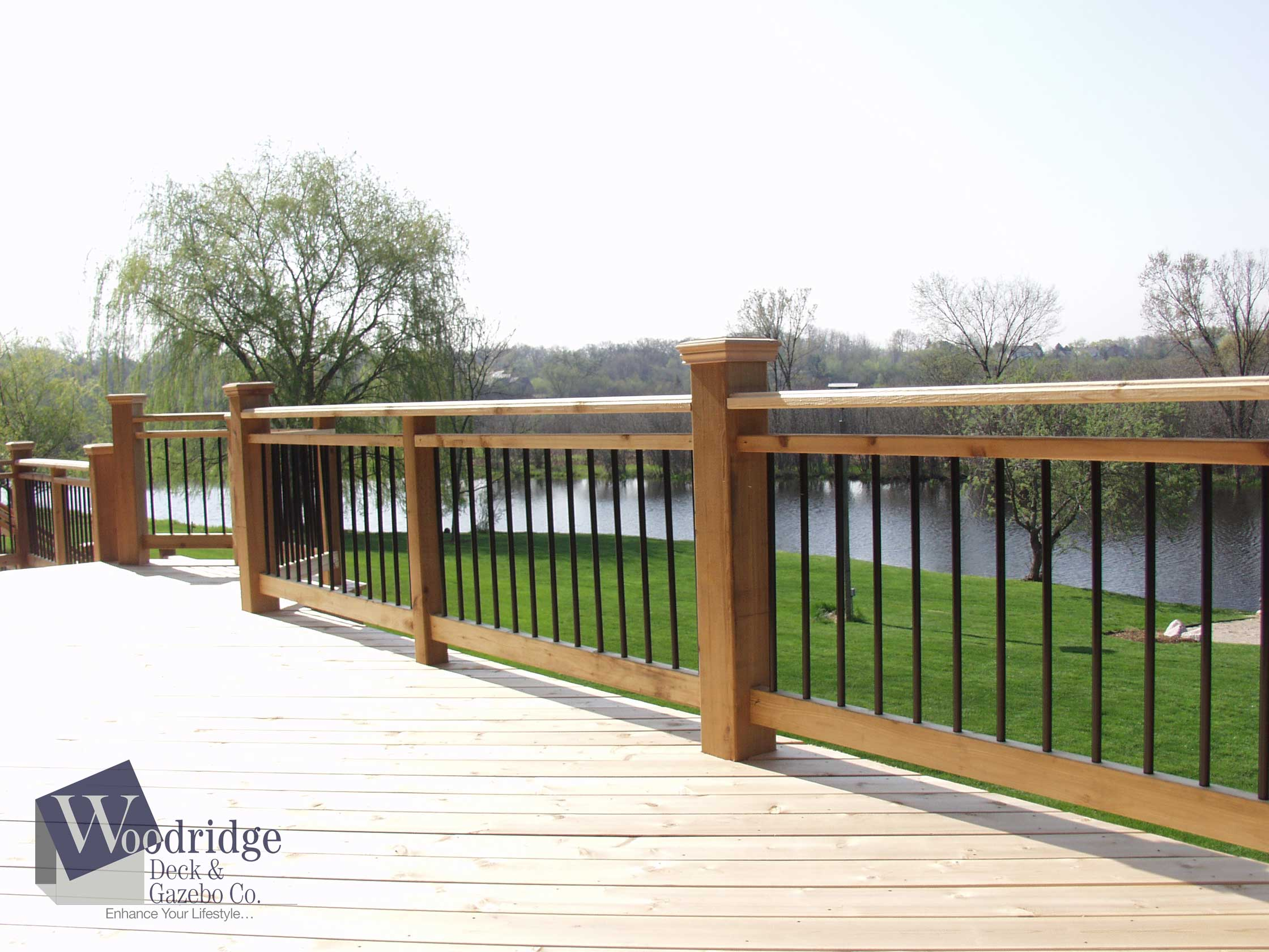 LL-03 Cedar w/ Black Metal Balusters